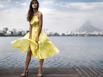 яркое желтое платье фото
