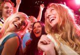 Заранее придумайте конкурсы и развлечения на праздник в зависимости от состава компании