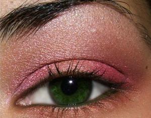 розово-оранжевый макияж глаз