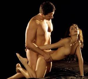 Лучшая поза для анального секса легко входит
