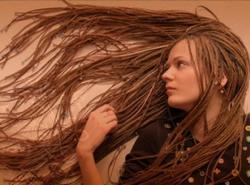 мыть волосы афрокосички