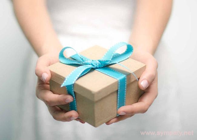 Придумать небанальный подарок для близких и друзей - проще, чем кажется