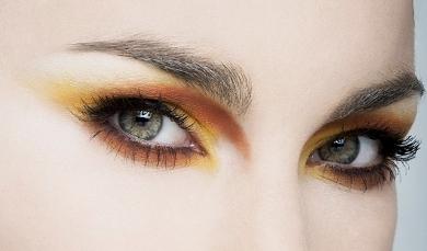 Праздничный макияж глаз яркий