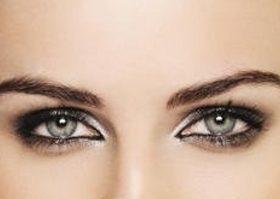 Праздничный макияж глаз смоки айз