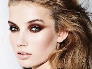Праздничный макияж глаз мерцающий
