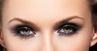 Праздничный макияж глаз смоки