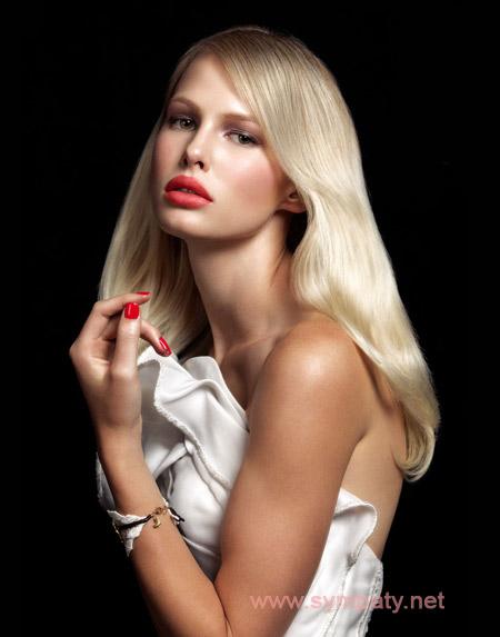 Праздничный макияж губ