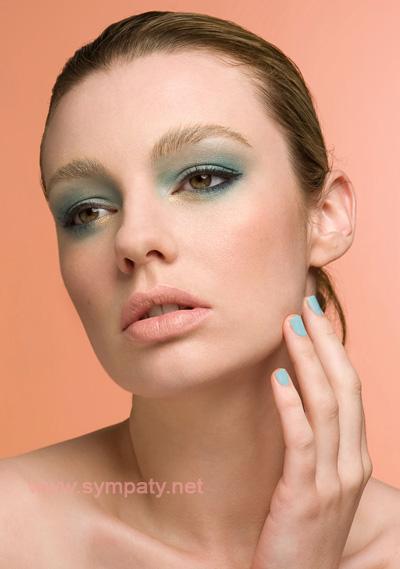 Персиковый макияж фото
