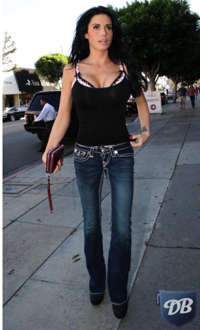 Kate Price в джинсах True Religion