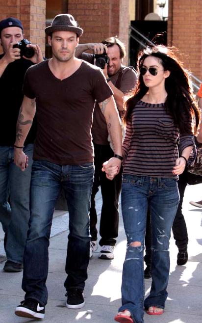 Megan Fox в джинсах True Religion
