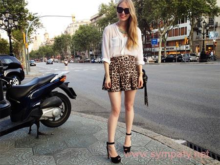 леопардовая мини юбка как носить