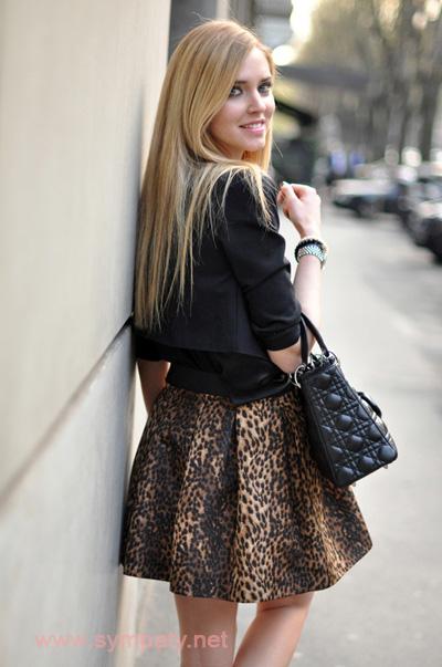 леопардовая мини юбка