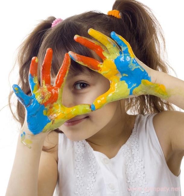 В каникулы самое главное - оторвать ребенка от планшета и компьютера и придумать ему интересный и полезный досуг