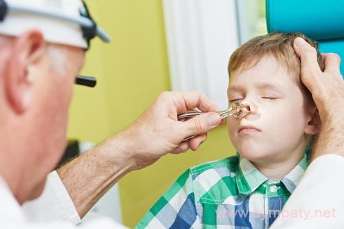 искривлена носовая перегородка у ребенка