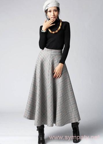 С чем и как носить юбку макси зимой