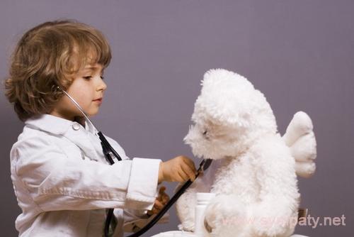 ребенок боится врачей что делать