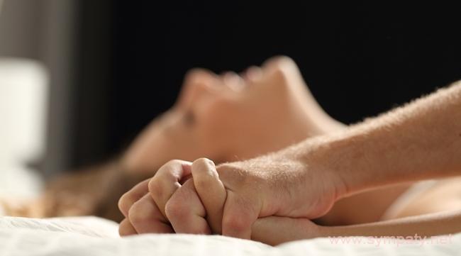 определить мужчина в постели