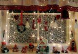Для создания праздничной атмосферы елка в доме вовсе необязательна