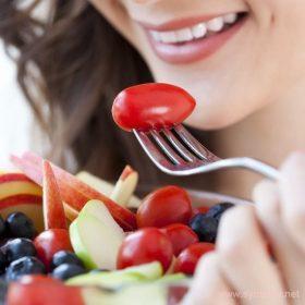 Фрукты и овощи помогут не голодать и одновременно терять вес