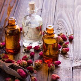Беременным лучше использовать нейтральные масла без резкого запаха