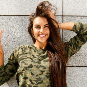 Выпрямление волос на долгий срок: четыре метода