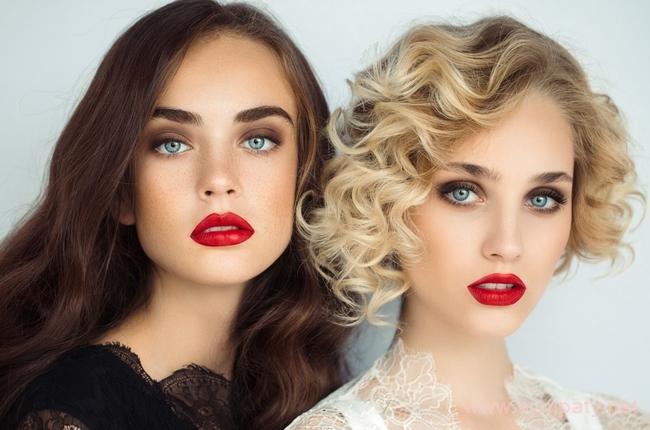 Как перекраситься из брюнетки в блондинку - из темного в