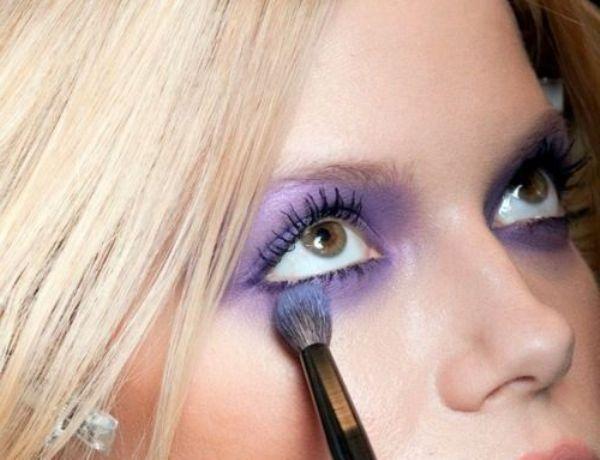 как красить глаза в стиле smoky eyes фиолетовые