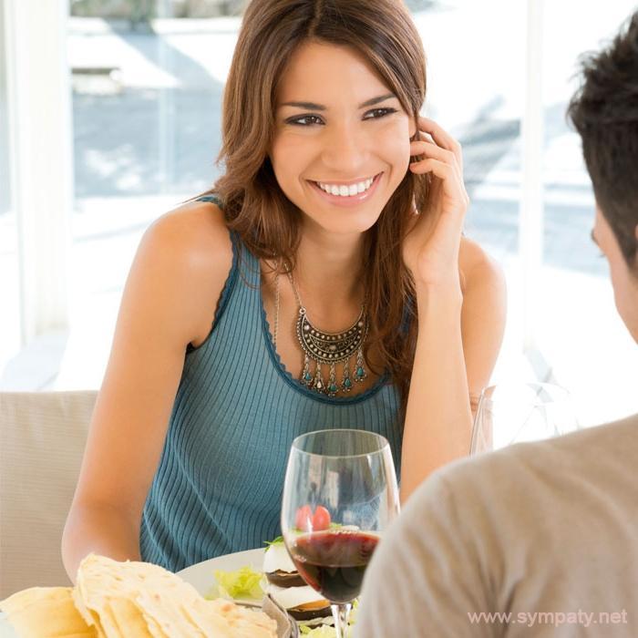 Как подойти первой и начать разговор с парнем который нравится
